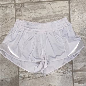 white lululemon athletic shorts size 6